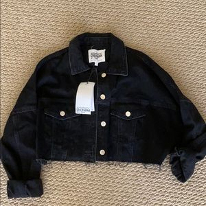 Zara authentic cropped black denim jacket-Size S